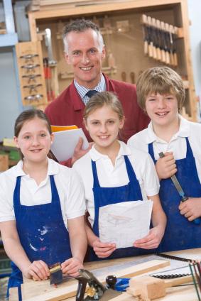 Arbetsmarknaden är ljus  för lärare i slöjd